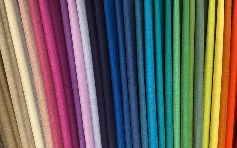 Pashmines Son la nostre passió! Pasmines de cashmire 100% de tants colors com puguis arribar a imaginar. Xals teixits amb un procés totalment artesanal, excepcionalment suaus i lleugers.
