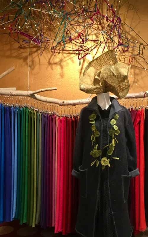 pashmimas-y-chals-de-okb-tienda-ropa-i-accesorios-barcelona-y-cadaques (1)