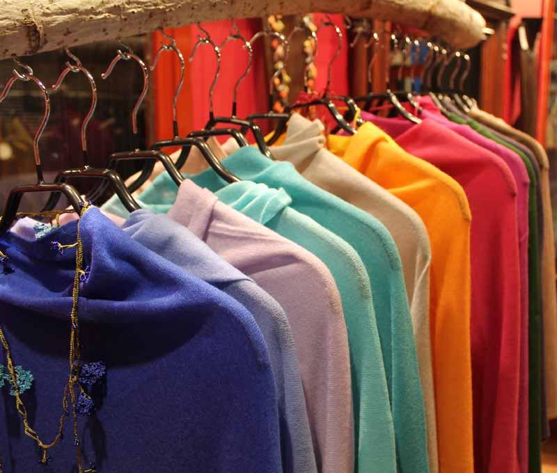 pashmimas-y-chals-de-okb-tienda-ropa-i-accesorios-barcelona-y-cadaques (13)