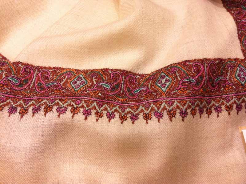 pashmimas-y-chals-de-okb-tienda-ropa-i-accesorios-barcelona-y-cadaques (14)