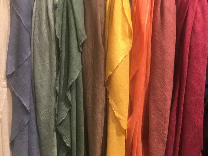 pashmimas-y-chals-de-okb-tienda-ropa-i-accesorios-barcelona-y-cadaques (17)