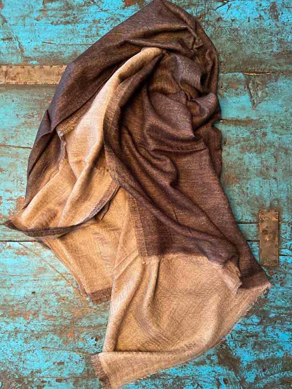 pashmimas-y-chals-de-okb-tienda-ropa-i-accesorios-barcelona-y-cadaques (8)